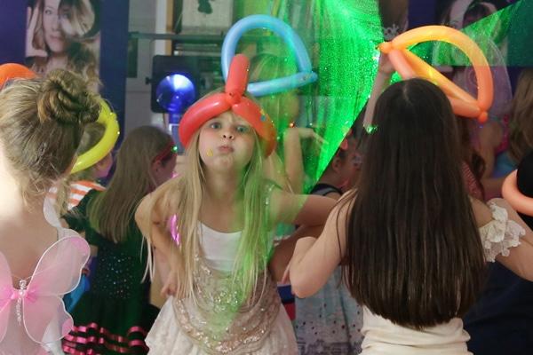 brisbane-disco-parties