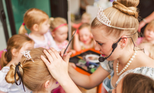 face-painting-princess-host