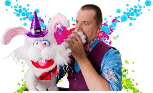 Queensland Wayne The Wizard Brisbane Gold Coast Kids Magician Birthday Parties