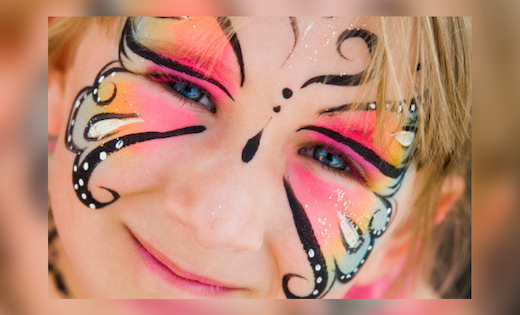 Super Steph Super Party Heroes Face Painting Face Painter Balloons Birthday Prrties in Brisbane and Gold Coast